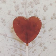 *cranberry emoji* 😉 • • • • • • • • • • • #organic #organiccandy #candyshoppe #organiclollipops #smallbatch #smallbatchcandy #lollipops #cranberrylollipop #handcrafted #canadianmade #womenownedbusiness #motherdaughter #giftideas #showerideas #giftsforher #giftsformom #giftsforfriends #delicacies #gourmetcandy #gourmetlollipops #biglollipops #agavelollipops #agavecandy #agave #canesugar #canesugarcandy #canesugarlollipops Big Lollipops, Gourmet Lollipops, Gourmet Candy, Candy S, Sugar Candy, Gifts For Friends, Gifts For Mom, Organic Candy, Emoji