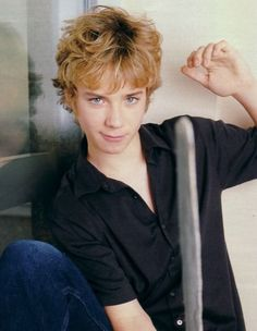 Jeremy sumpter @Rebecca Dezuanni Utts Its peter pan