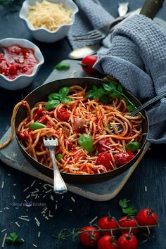 Apr 9, 2020 - Roasted Tomato Pasta with Garlic super easy to make and delicious. Roasted Tomato Pasta with Garlic perfect lunch or dinner ideas for quick meal and loved by all age kids. Roasted Tomato Pasta, Roasted Cherry Tomatoes, Garlic Pasta, Garlic Recipes, Pasta Recipes, Dinner Recipes, Dinner Ideas, Fall Recipes, Best Vegetarian Recipes