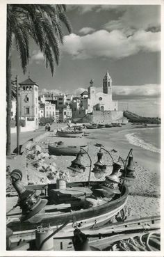 Sitges, 1955 Sitges, Antique Photos, Old Photos, Barcelona, Sea, Abstract, City, World, Nature