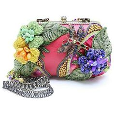 fabulous designs in handbags mary frances or ideas for creativity …. - crafts ideas - crafts for kids Mary Frances Purses, Mary Frances Handbags, Beaded Purses, Beaded Bags, Beautiful Handbags, Beautiful Bags, Vintage Purses, Vintage Handbags, Fab Bag