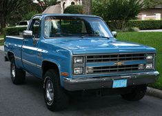 1986 Chevrolet Silverado - Pristine Classic Cars For Sale Chevy Duramax, Chevy Pickup Trucks, Gm Trucks, Chevy Pickups, Chevrolet Trucks, Chevrolet Silverado, Cool Trucks, Lifted Trucks, Lifted Chevy