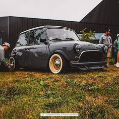 Wow wow and wow Owner- - Freshly done superb clean and amazing classic morris mini co. My Dream Car, Dream Cars, Classic Mini, Classic Cars, Austin Mini, Mini Uk, Mini Morris, Mini Copper, Car Restoration