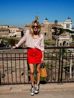 Tenue rouge et blanc cool idée pour s habiller avec style Rome vacances