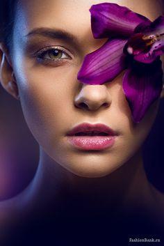 Com portrait lighting, beauty shoot, beauty Light Photography, Creative Photography, Portrait Photography, Beauty Portrait, Female Portrait, Creative Portraits, Studio Portraits, Beauty Makeup Photography, Portrait Lighting