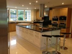 ex display second nature broadoak painted kitchen, granite