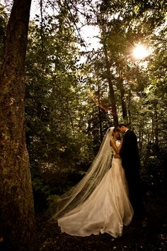 I totally want to take pictures in the woods...earth...mmmm.