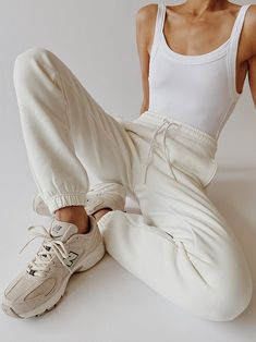 Lazy Outfits, Trendy Outfits, Cute Outfits, Fashion Outfits, Womens Fashion, Look Fashion, Autumn Fashion, Fashion Design, Mode Lookbook