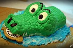 Tic Toc Croc Smash Cake for a Peter Pan themed party