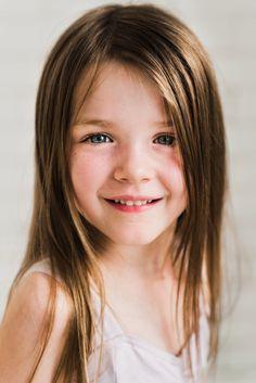 © Christina Freeman Photography | McKinney Child Photographer | North Texas Child photographer | Child portrait session | five year old portrait | dancer session | ballerina | Dallas photographer #childportraitphotography