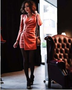 This dress is sexy and stylish design with wrapped V-neck. It features puff long sleeve and buttons decorated on the front. It is suitable for party and cocktail. The material is polyester cotton which gives you comfortable feeling. Brand New with Tag. The accessaries are not included.