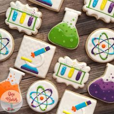 "64 Likes, 10 Comments - Gigi Bakes (@gigibakescakes) on Instagram: ""Science Cookies! #sciencecookies #customcookies #cookiesofinstagram #cookiedecorating #cookieart…"""