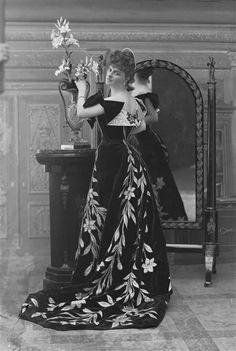Comtesse Greffulhe Elisabeth Nadar Paul (1856-1939) Charenton-le-Pont, Médiathèque de l'Architecture et du Patrimoine