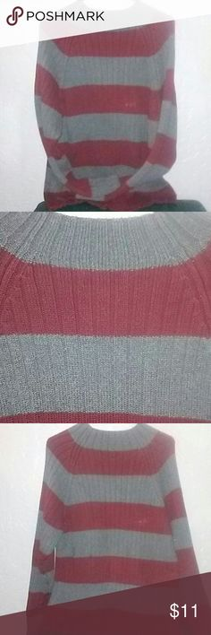 Mens High Neck Striped Sweater /Extra Large Mens Extra Large Heavyweight sweater. Wide Grey and maroon stripes . vertical textured lines. Great used condition. My son didn't wear this much, maybe two times. Route 66 Sweaters