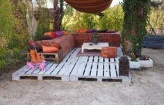 using pallets | Pallet Patio Deck (Unique use of Pallet) | Pallet Furniture DIY