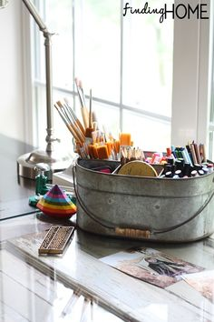``` I love this ``` would be perfect for me <3 ...... DIY Desks from Vintage Doors