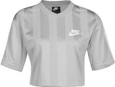 Nike Sportswear Crop Top ' Shadow Stripe W ' in grau Nike Crop Top, Crop Tops, Nike Tops, Nike Sportswear, Streetwear, Stylish Outfits, Fashion Outfits, Der Arm, Tee Shirts