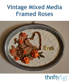 An easy way to upcycle an old frame into a brand new décor item for your house. #vintagecrafts #mixedmedia #upcycledcraft
