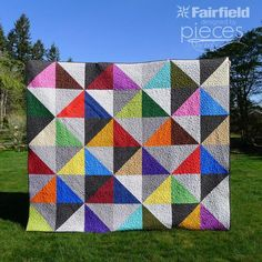 Urban Scandinavian HST Quilt Pattern   Journey to the shores of Scandinavia with this gorgeous modern quilt pattern!