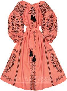 """Довга сукня з вишивкою """"Дівоча Зваба"""""""