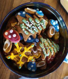 Pierniczki (przepis I) | Moje Wypieki Christmas Cooking, Toffee, Cereal, Breakfast, Food, Sticky Toffee, Morning Coffee, Christmas Kitchen, Candy