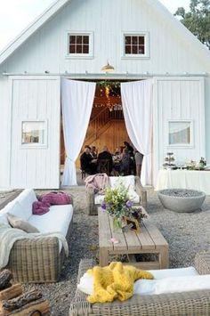 wedding reception lounge. Read more…