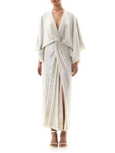 Robe dress.