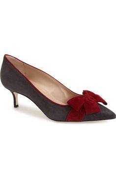 Product Image 1 Source by anjatopalovic de mujer estilo Fab Shoes, Pretty Shoes, Beautiful Shoes, Cute Shoes, Me Too Shoes, Shoe Boots, Shoes Sandals, Kitten Heel Shoes, Manolo Blahnik Heels