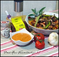 Olives, Barbecue, Meat, Chicken, Ethnic Recipes, Sauces, Food, Grilled Bell Peppers, Olive Oil