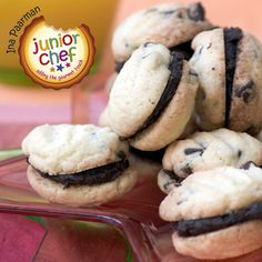 Enjoy making and treating yourself to these delicious cookies! Roll the balls quite small, so you can get about 44 flat cookies out. Sandwich Cookies, Delicious Cookies, Picnic Foods, Chocolate Treats, Treat Yourself, Allrecipes, Recipies, Rolls, Gourmet