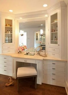 I have always DREAMED of having a vanity! This is unreal. I would just need the mirror a little closer, out towards the edge.