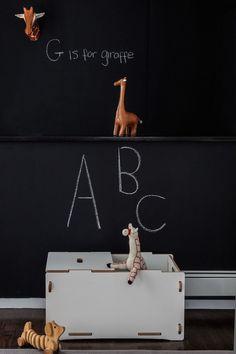 Black and Amber Giraffe theme/colors. Something other than safari....AprilandMay MINI: kids room inspiration
