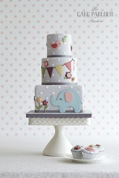 monthly baby cakes inspo The Cake Parlour designs and creates beautiful celebration cakes for birthdays, christenings and other special occasions. Baby Cakes, Baby Shower Cakes, Gateau Baby Shower, Jednostavne Torte, Beautiful Cakes, Amazing Cakes, Fondant Cakes, Cupcake Cakes, 1st Birthday Cakes