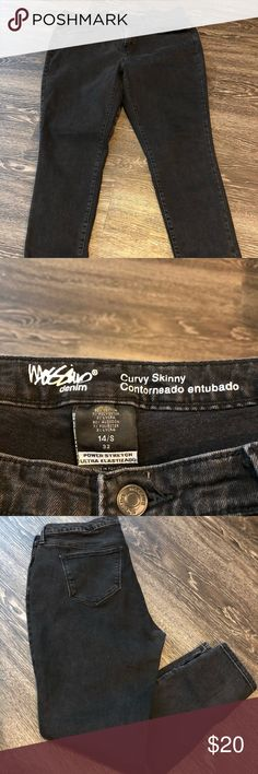 Mossimo curvy skinny jeans Mossimo curvy skinny faded black jeans. Size:14 short Mossimo Supply Co Jeans Skinny
