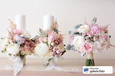 Boquette Wedding, Mauve Wedding, Perfect Wedding, Wedding Colors, Church Flower Arrangements, Wedding Arrangements, Bridal Flowers, Flower Bouquet Wedding, Paper Flowers