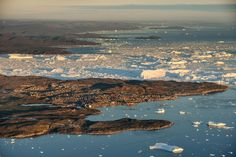 Ilulissat Icefjord – a beautiful natural phenomenon in Greenland