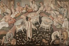 Banquets lasted for several hours, in this mosaic to see the amount of waste that have accumulated on the floor and give us an idea about the various dishes that are served during dinner.