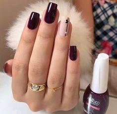 Stylish Nails, Trendy Nails, White Nails, Pink Nails, Glitter Nails, Pink Glitter, Short Square Nails, Short Nails, Pink Nail Designs