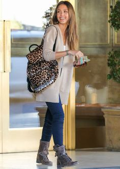 Love this look especially the backpack