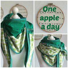 Dreieckstuch XXL Wendetuch Apfel Grün Apple a day von Frau Luther auf DaWanda.com