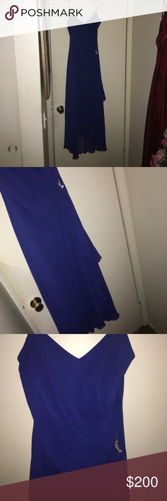 Blue Prom/ braids maid dress Beautiful dark blue prom dress! Size XL, spaghetti strap! Flows beautiful from the bottom. Hugs your waist! This dress can be worn for prom or to a wedding ❤ listed u see Monique for publicity! Only worn 2 times Monique Lhuillier Dresses Prom