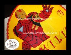 Pastel con figura de fondant de Iron Man