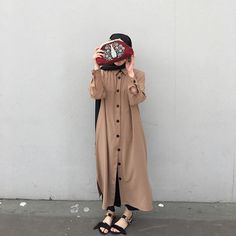 Likes, 48 Comments - Pakistani Fashion Casual, Modern Hijab Fashion, Street Hijab Fashion, Hijab Fashion Inspiration, Abaya Fashion, Muslim Fashion, Hijab Gown, Hijab Style Dress, Casual Hijab Outfit