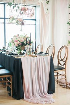 Romantic pink and black wedding decor / http://www.himisspuff.com/blush-and-black-wedding-ideas/5/