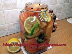 Ντομάτες τουρσί πράσινες ή κοκκινωπές Pickled Tomatoes, Beef Liver, Pickles, Food And Drink, Vegetables, Cooking, Greek, Recipes, Cucina