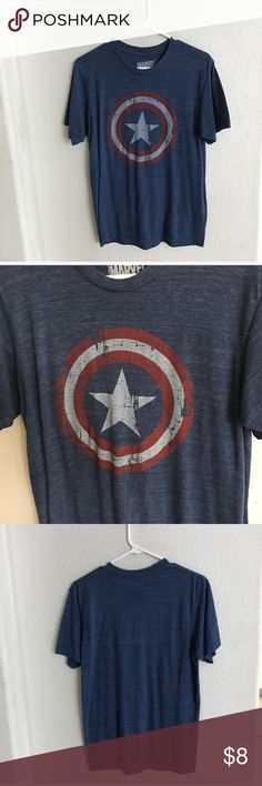 """Captain America tshirt Mens Captain America tshirt. Size M. 27"""" long/ 35"""" bust. True to size for men's M (purchased this for myself when I was an XL). This has a washed/ vintage look and it was purchased that way. This does have some pilling around the underarms. Very stretchy! Free with any $20 purchase.  💲Add this to a $20 bundle and take $8 off the bundle offer price  ✅Bundle offers Marvel Shirts Tees - Short Sleeve"""