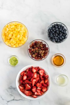 How to make the best easy fruit salad recipe for summer! Simple fruit salad recipe with honey lime dressing Homemade Fruit Salad, Best Fruit Salad, Fruit Salad Recipes, Honey Recipes, Fudge Recipes, Dessert Recipes, Fruit Dessert, Honey Lime Dressing, Summer Salads