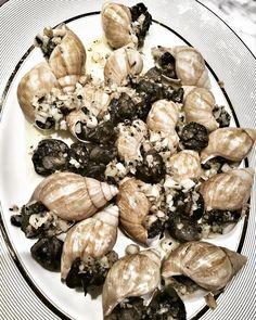Masakan siang inih...������...kesukaan anak wedok... #escargot#bestescargot#masterchef #mycooking #cookingmom #mykitchen#frenchcuisine http://w3food.com/ipost/1522414131104310036/?code=BUgs5YNgeMU
