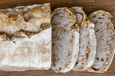 Ecco come preparare il pane alle noci con la ricetta di Sara Papa