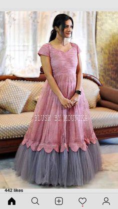 Girls Frock Design, Fancy Dress Design, Kids Frocks Design, Stylish Dress Designs, Party Wear Indian Dresses, Designer Party Wear Dresses, Indian Gowns Dresses, Indian Fashion Dresses, Long Gown Dress